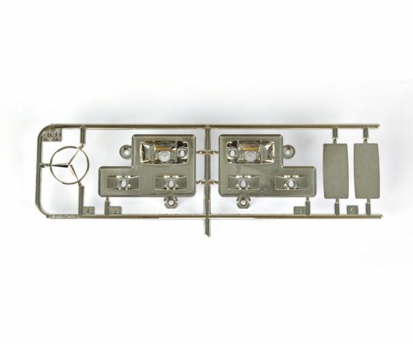 Tamiya 300115196 MB1838/1850L Scheinwerfereinsätze (Q-Parts)