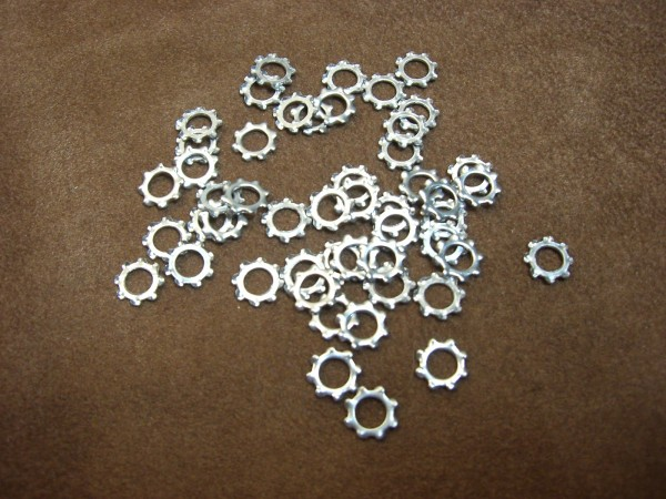 washer DIN 6797 4,3mm (50 pcs)