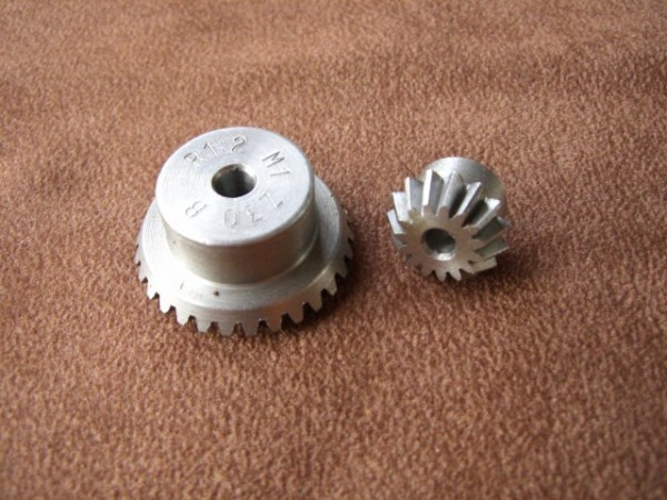 bevel gear set modul 1.0 with 15/30 teeth