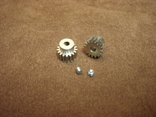 Tamiya 300050354 pinion set Modul 0,6 / 16T and 17T