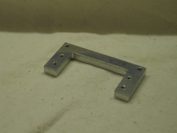 Mounting plate for gearbox servos