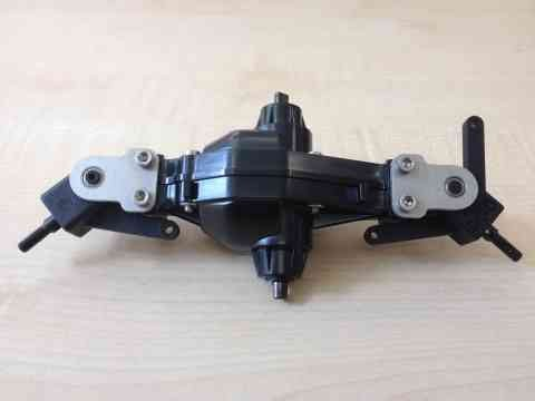 conversion to a driven steering CVD axle for Tamiya (15)