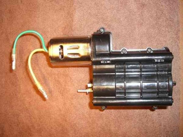 conversion of Tamiya 3 gaer box to 4WD