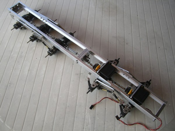 DGD 10x10 Chassis in Tamiya scale