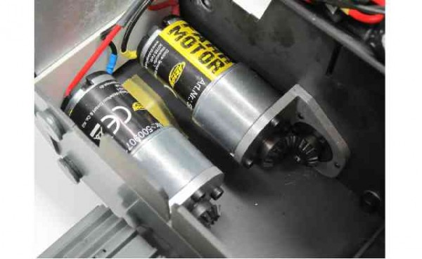 Carson 500907106 Fahr-Getriebemotor Liebherr-Raupe
