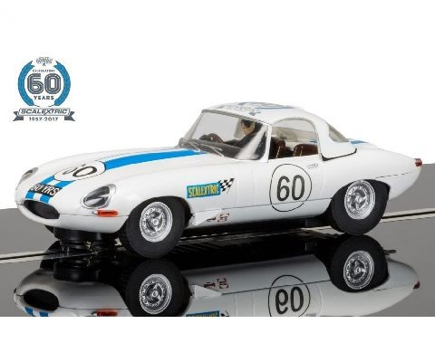 Scalextric 50003826A 60 J. Collec. Car No.6 - 1960s Jaguar E-Type limited edition
